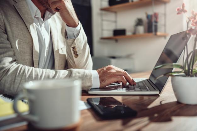 ¿Quieres implementar el teletrabajo en tu empresa y no sabes cómo? Te ayudamos